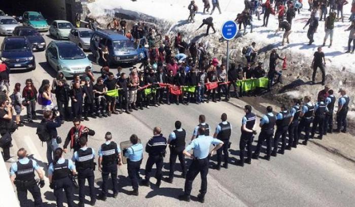 La solidarietà non si arresta! PRESIDIO SOTTO IL TRIBUNALE DI GRENOBLE 27 MAGGIO ORE 14